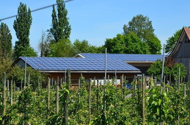 photovoltaic-352670_640