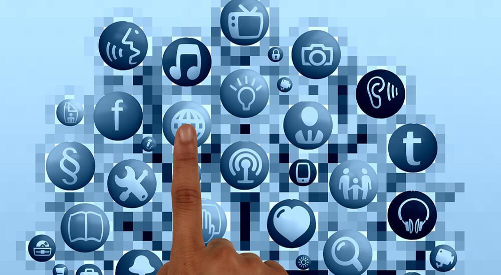 mouseのスマートホーム(IoT製品)「ルームハブ」と「スマートプラグ」で我が家もloT化!